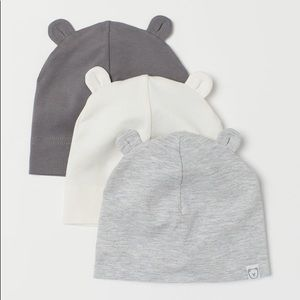 H&M 3-pack jersey hats w/ ears - baby